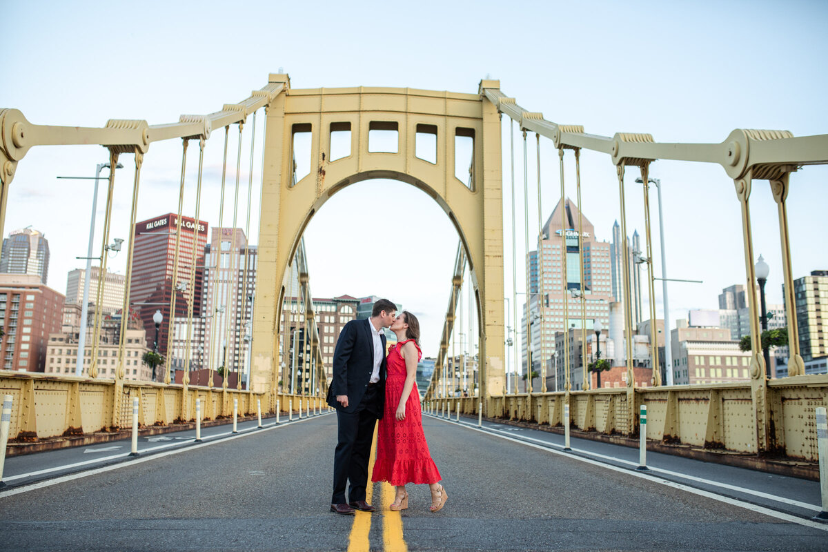 Pittsburgh-engagement-photographer-0330