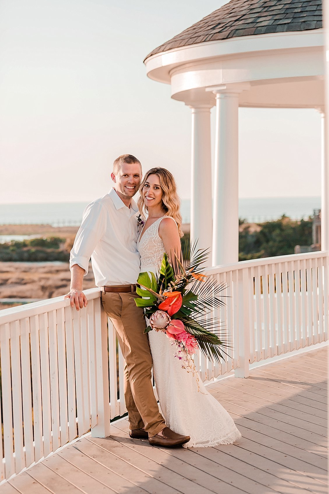 sharonelizabethphotography-obxwedding-rodanthewedding-obxweddingphotographer-intimatebeachwedding3439