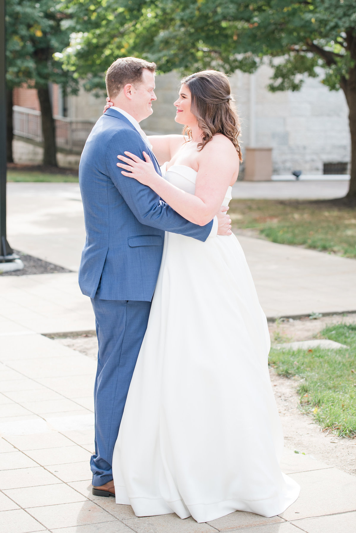 Newlywed Portraits Cait Potter Creative LLC Milltop Potters Bridge Noblesville Square Courthouse Wedding-17
