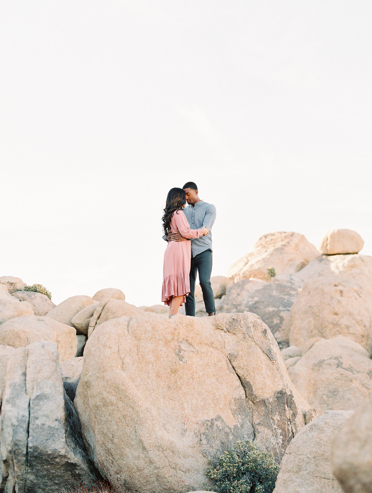 Babsie-Ly-Photography-Joshua-Tree-Engagement-Photography-Fine-Art-Film-MarinaEvan-002