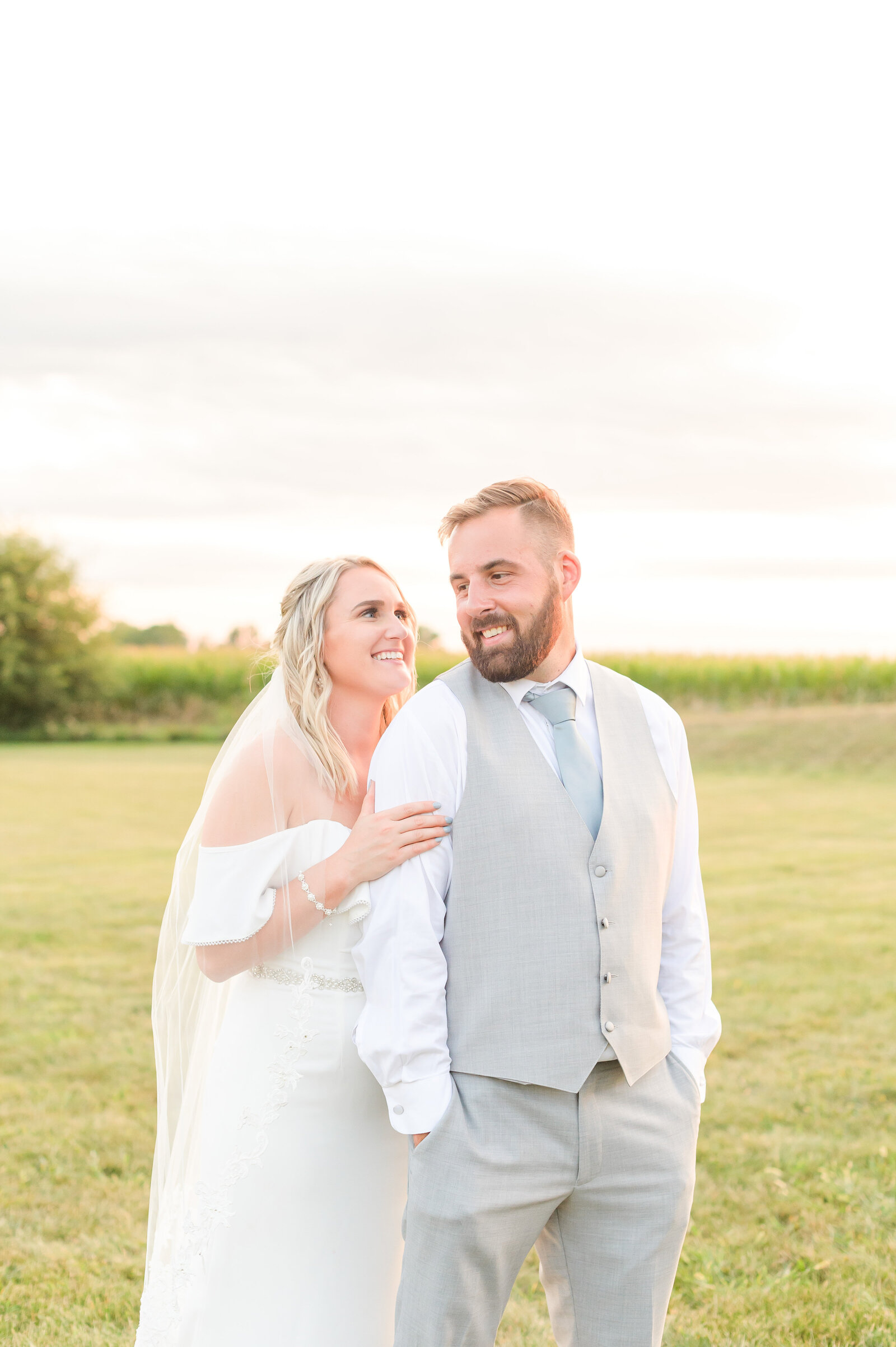 Summer Wedding at Lizton Lodge