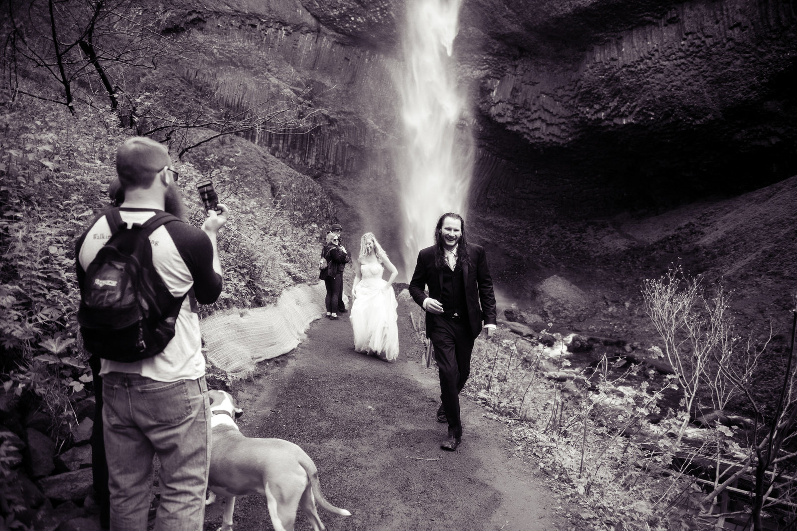 Crystal Genes Photography LATOURELL FALLS ELOPEMENT170421-161702