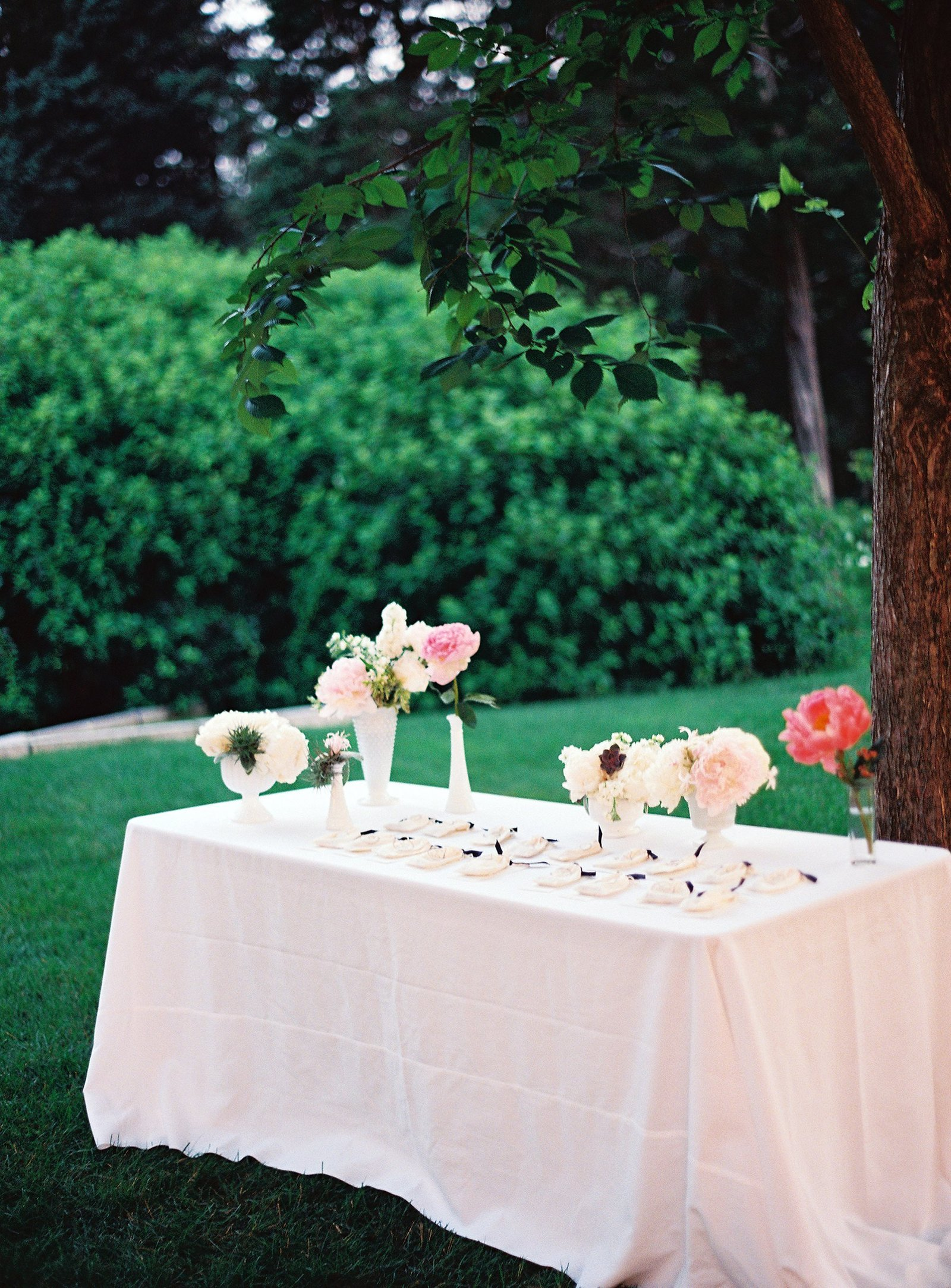 spring_wadsworth_mansion_sperry_tent_wedding_0063