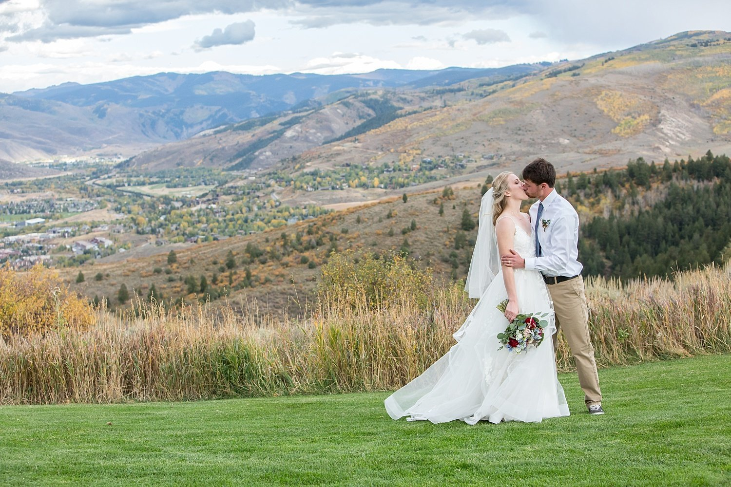 fall wedding in Colorado with couple just outside of Vail