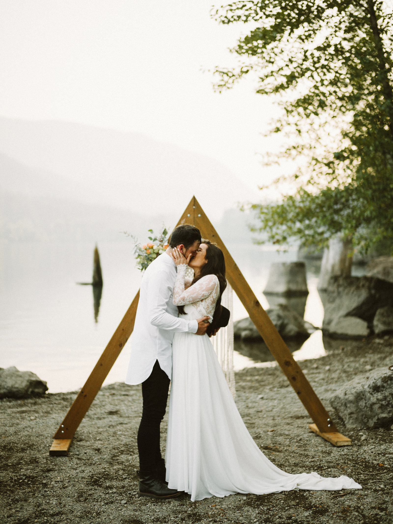athena-and-camron-seattle-elopement-wedding-benj-haisch-rattlesnake-lake-christian-couple-goals60