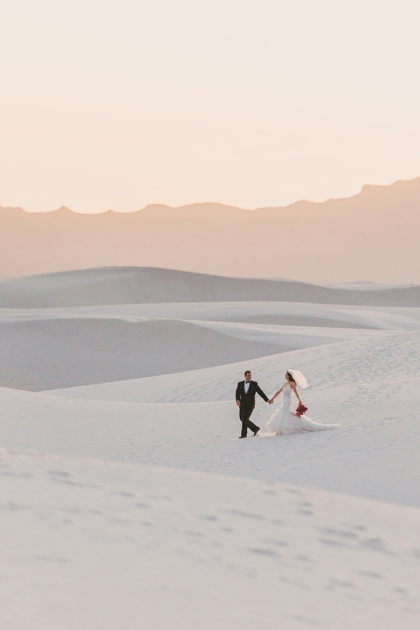 White-Sand-Dune-Elopement