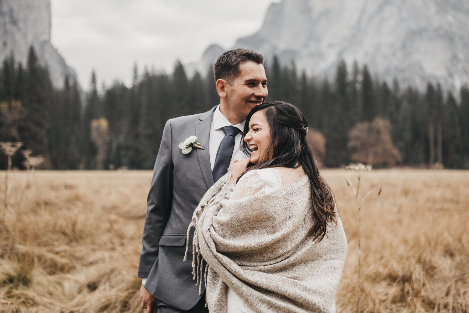 athena-and-camron-yosemite-elopement-wedding-photographer-elegent-valley-wedding42