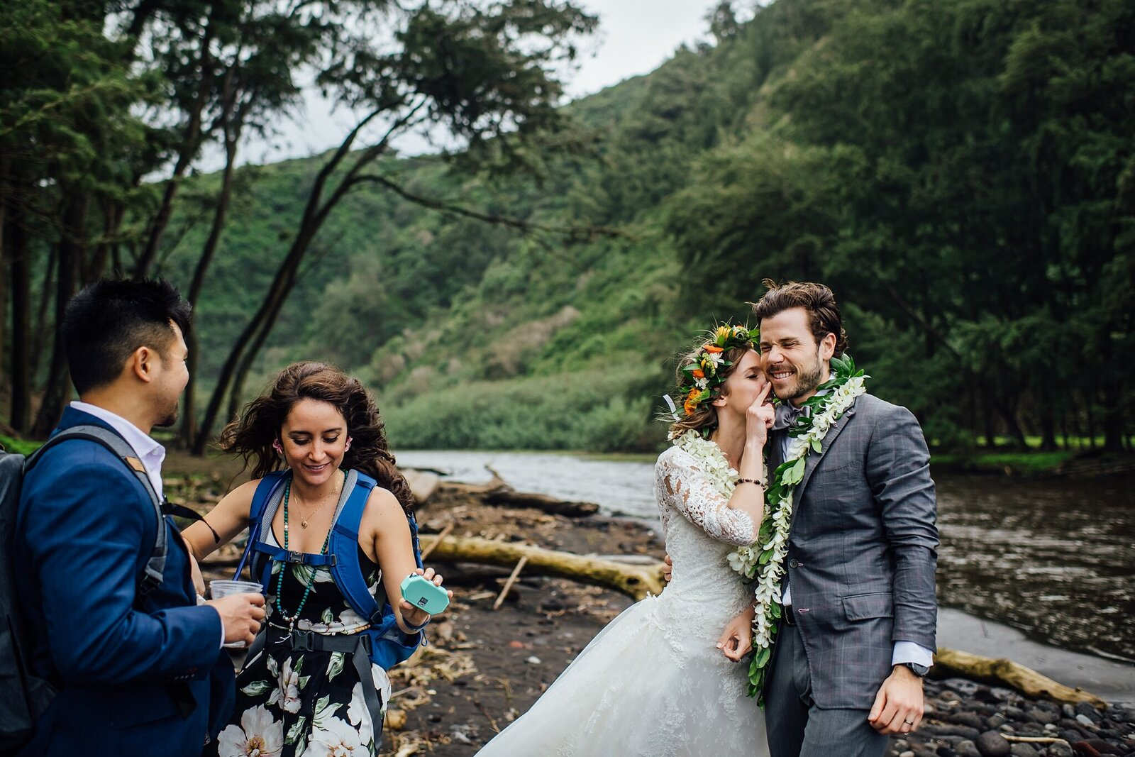 hawaii-elopement-photographer-adventure