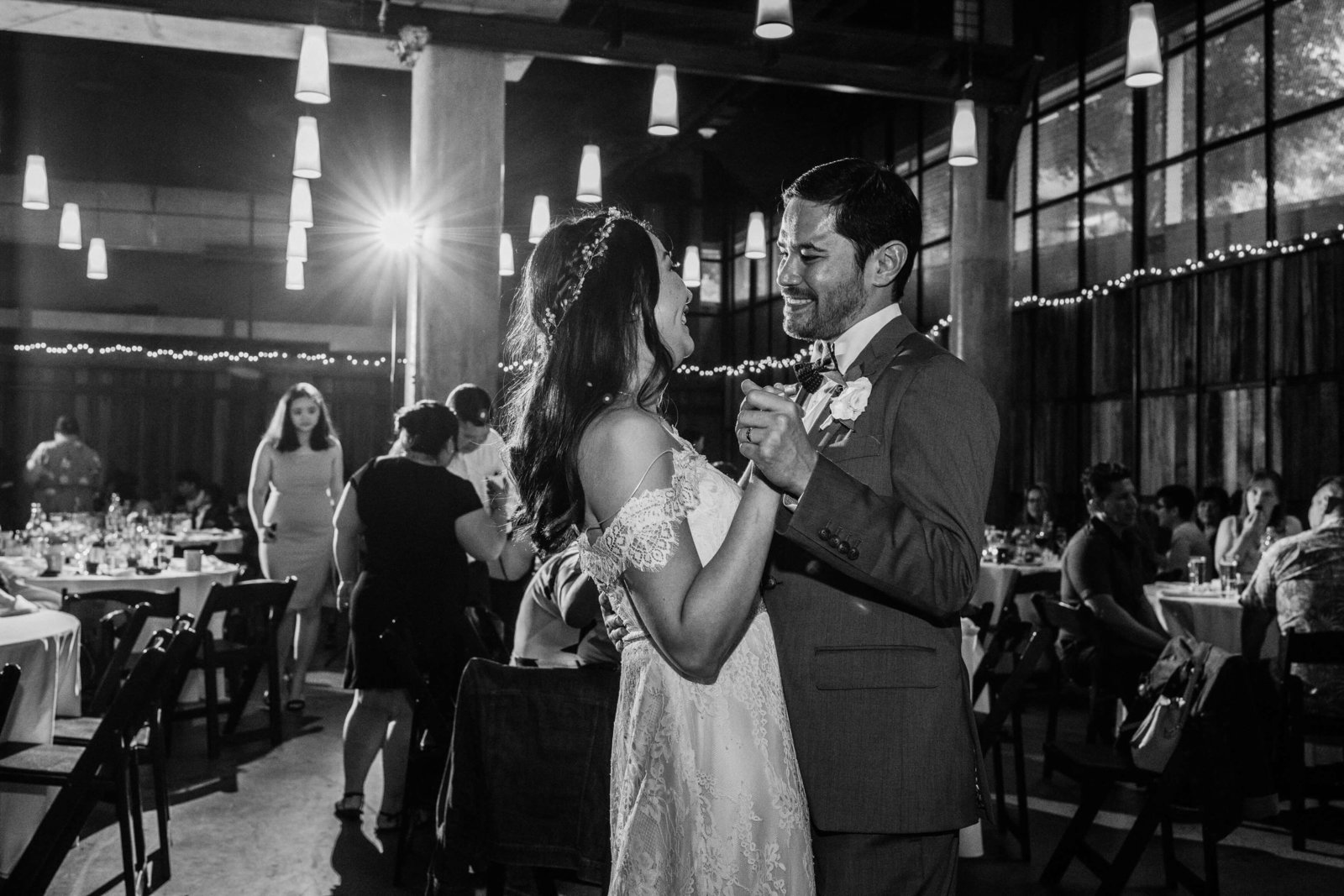 The-Hyatt-Lake-Washington-Cast-Iron-Studios-Wedding-Seattle-Keiko+Manny_1220