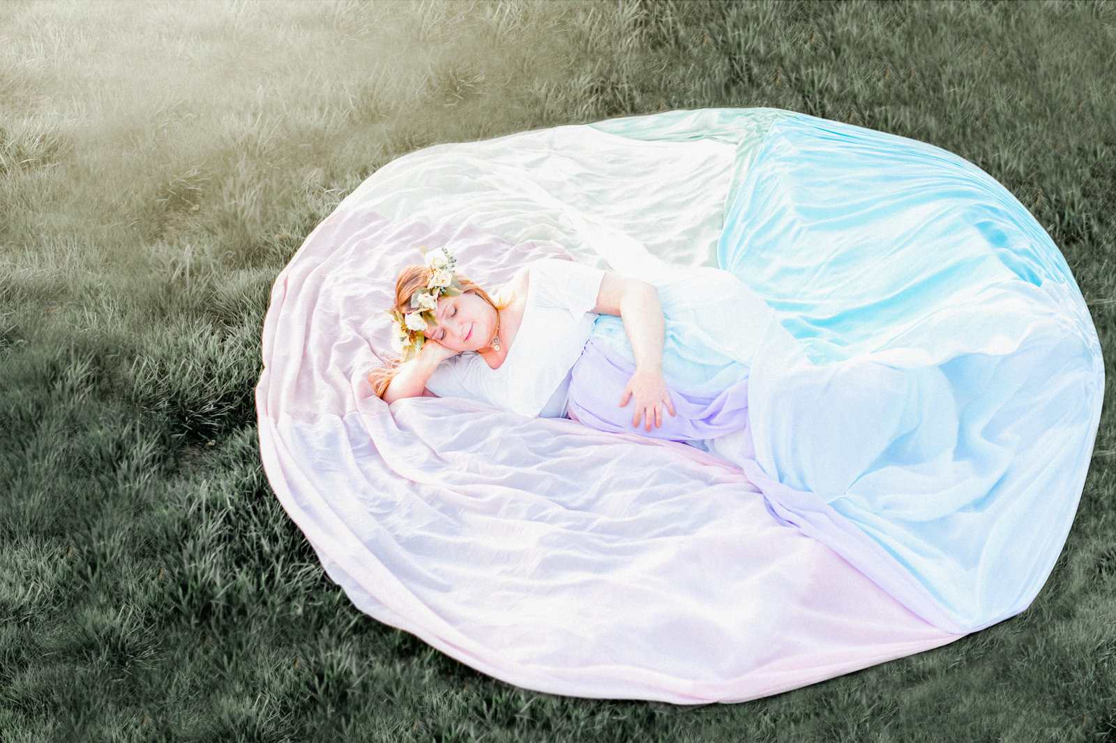 Dreamcatcher Rose Studios - maternity - brooklyn ny - Laying down in rainbow gown