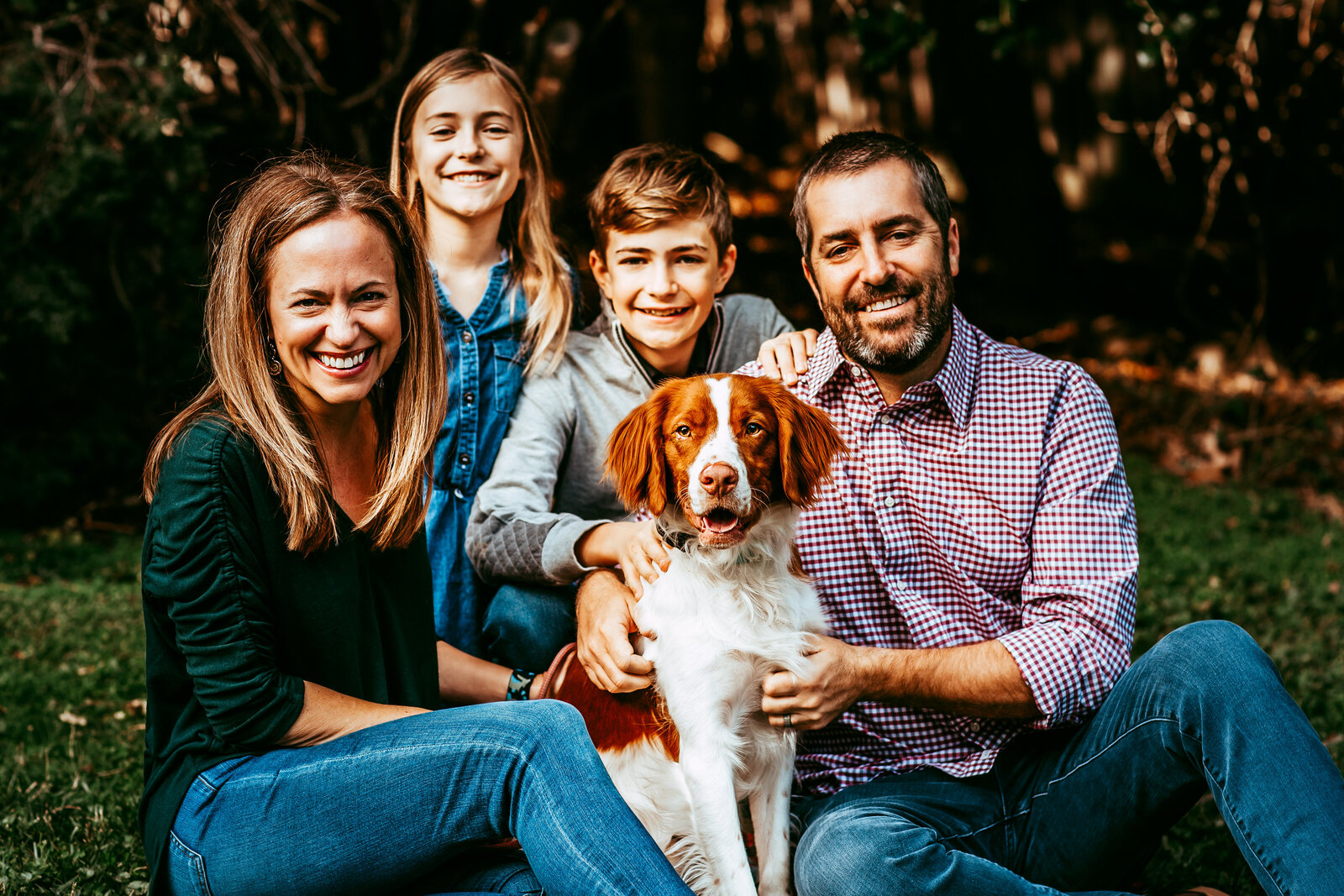 family and dog shauna scott photography