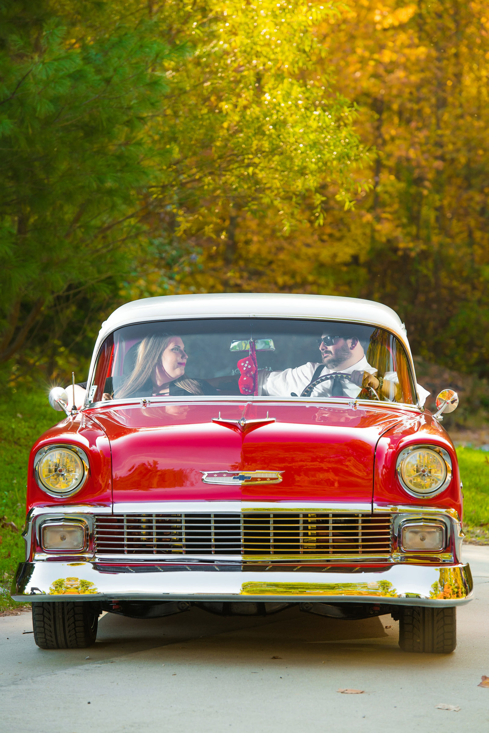 Retro_Pinup_Car_engagement_session_Nj045
