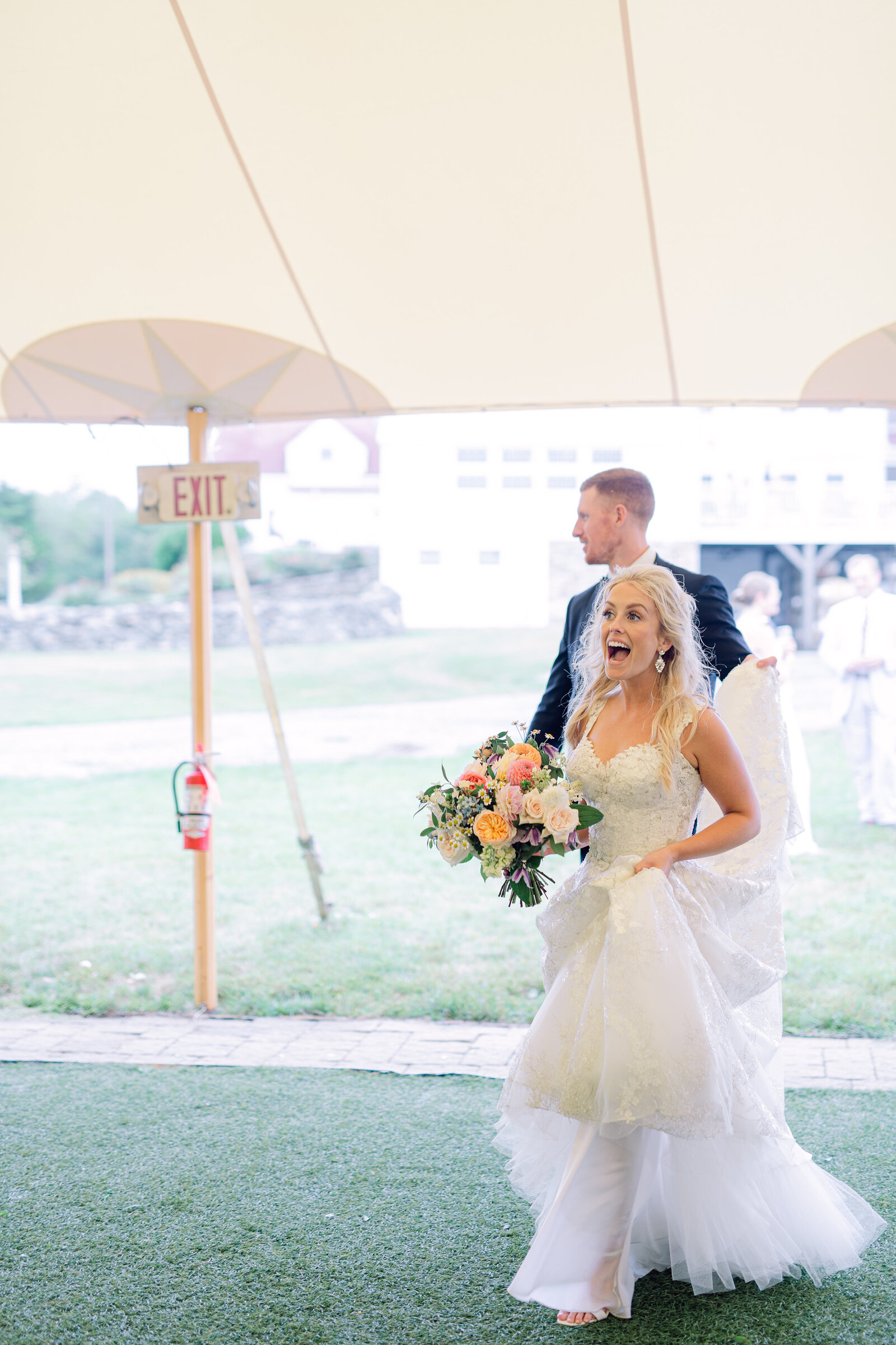 jonathan_edwards_winery_stonington_connecticut_garden_wedding_19