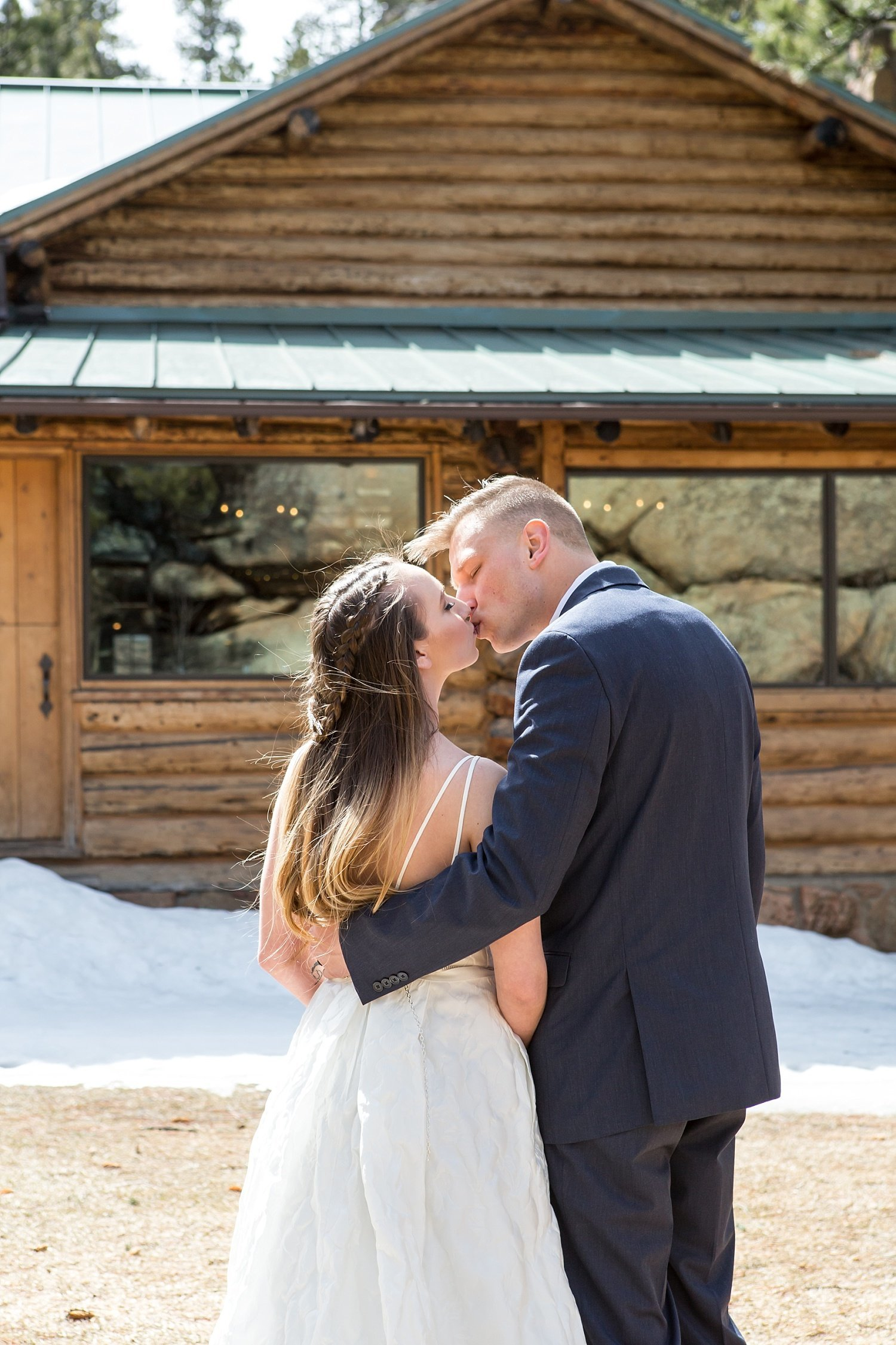 Colorado mountain wedding photographers - Milena and Robert in Estes Park