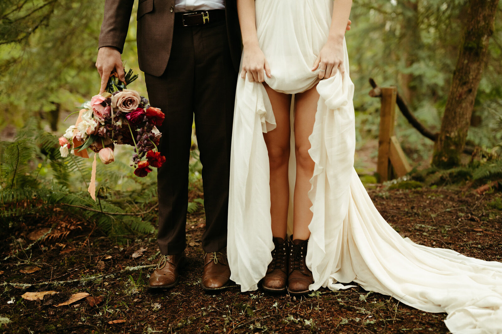 adventurous bride and groom eloping in oregon