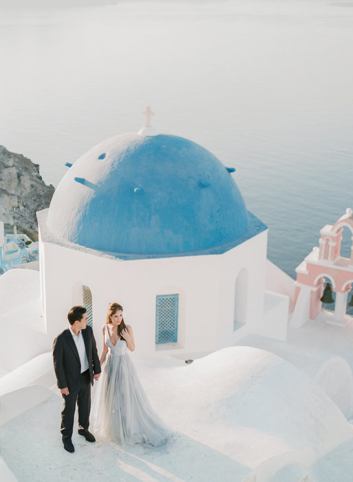 Molly-Carr-Photography-Paris-Film-Photographer-France-Wedding-Photographer-Europe-Destination-Wedding-Paris-Oia-Santorin-Greece-Wedding-Photography-42