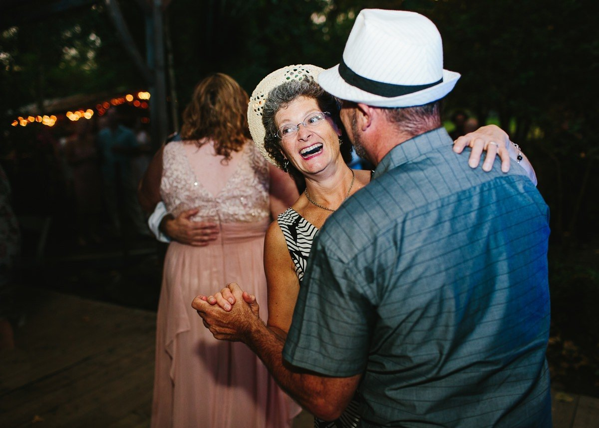 fun-photographer_wedding_seattle_washington