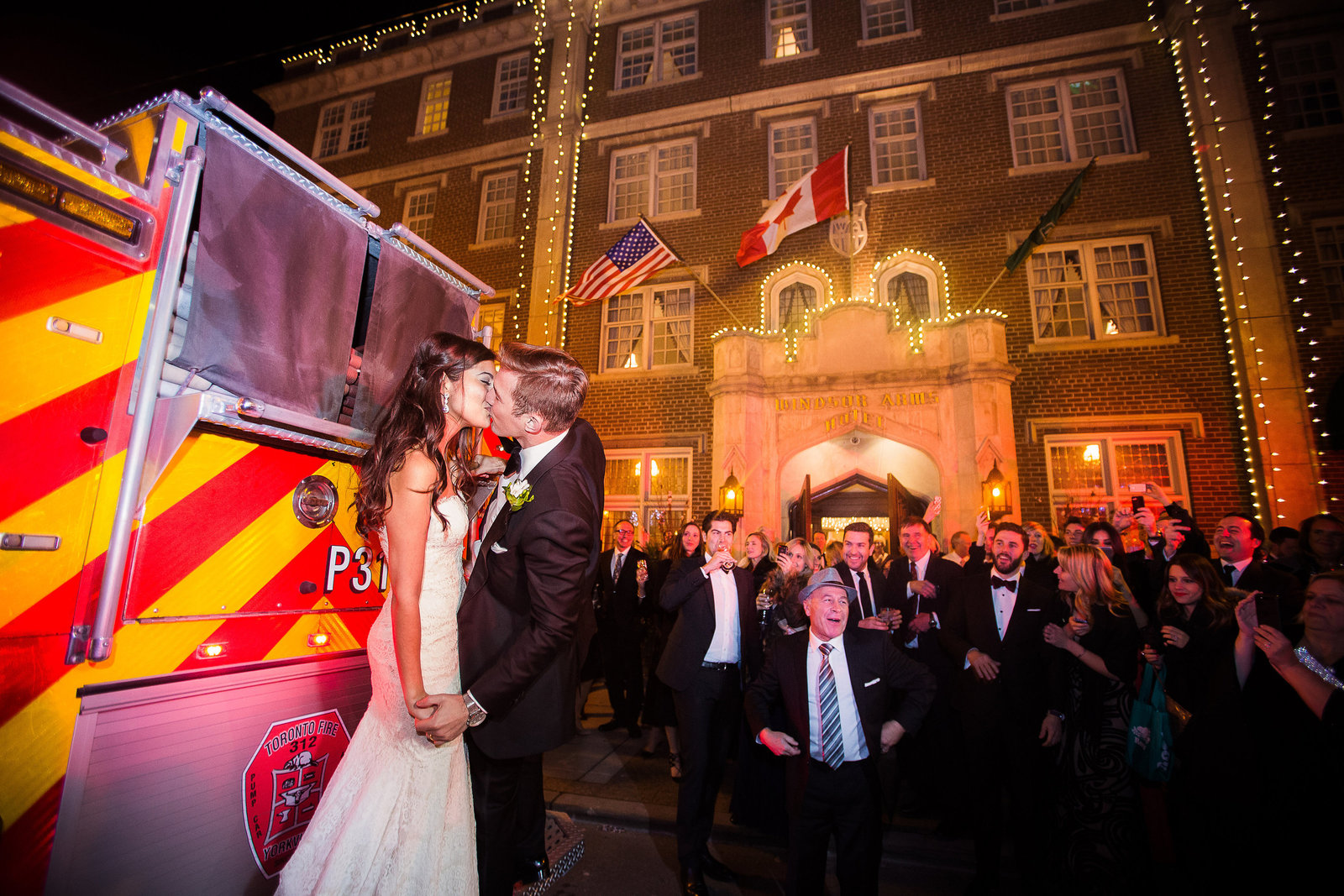 26 Windsor arms wedding photo at night candid