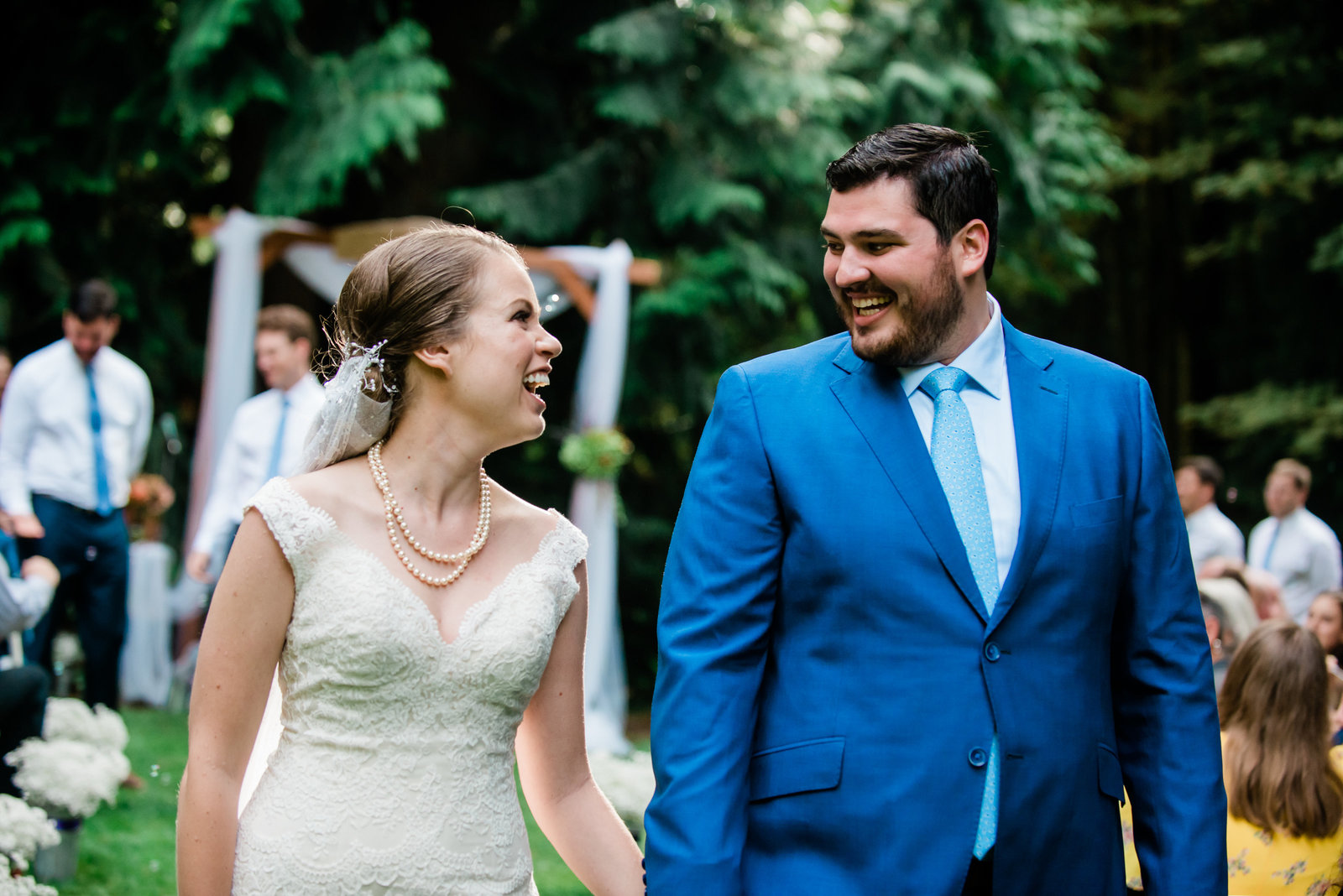 Candid seattle wedding photographer