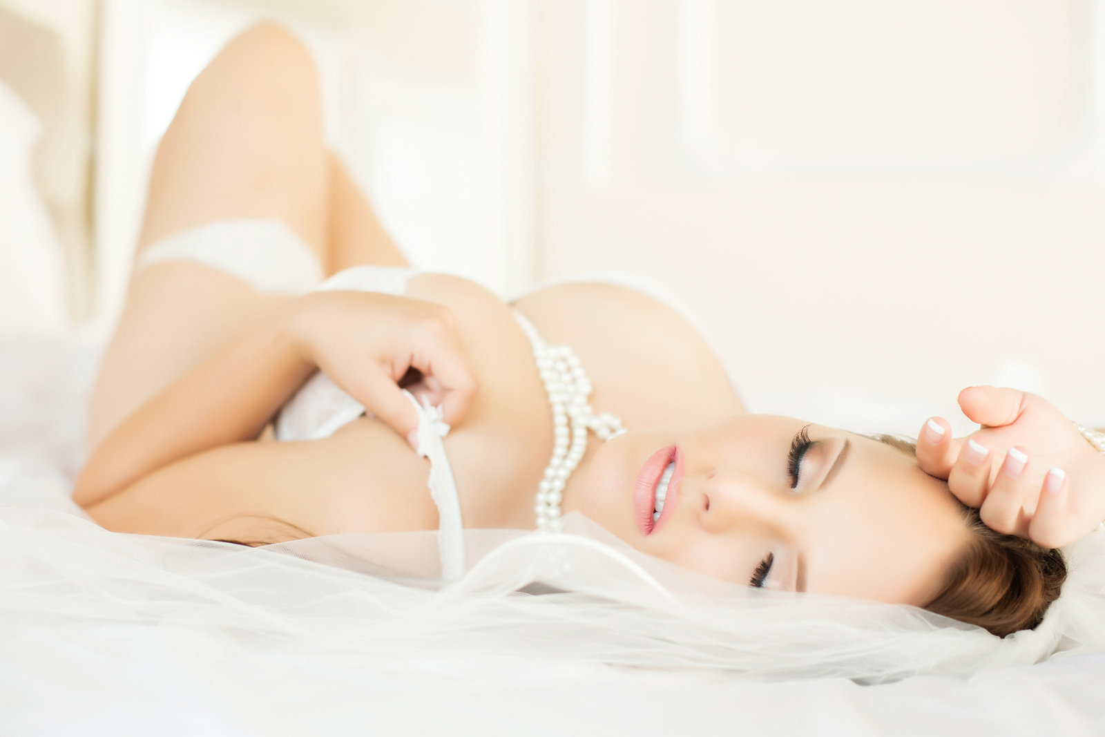 bridal lace pearls boudoir, scottsdale boudoir photography