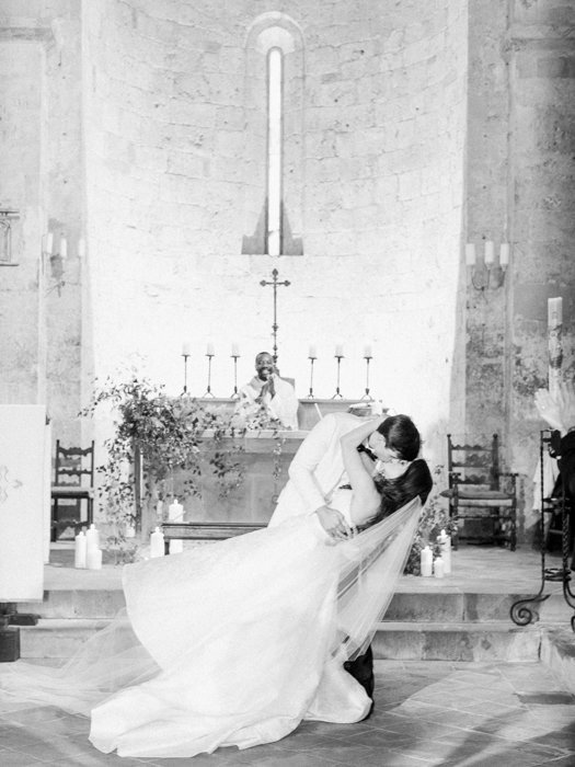 Molly-Carr-Photography-Paris-Film-Photographer-France-Wedding-Photographer-Europe-Destination-Wedding-Paris-84