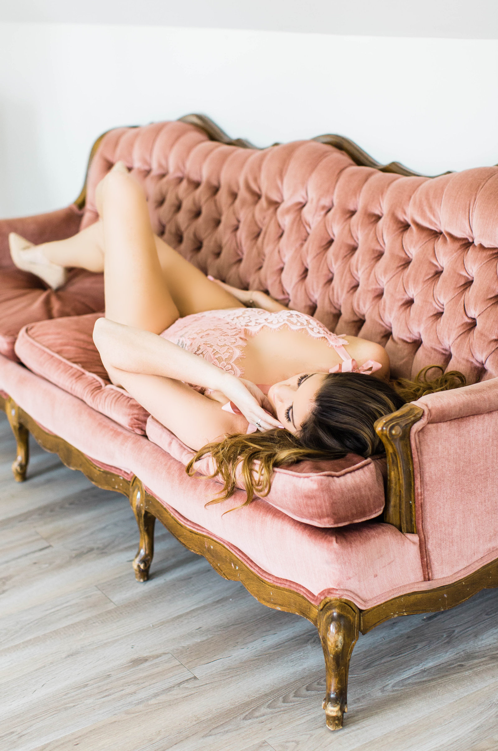 fine art boudoir photos Chesapeake