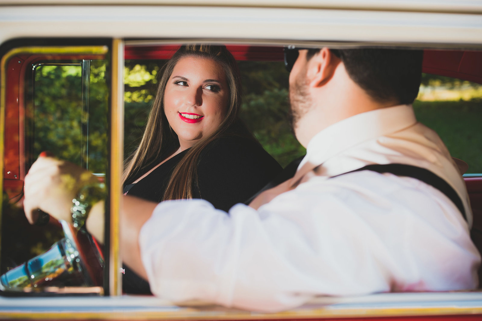 Retro_Pinup_Car_engagement_session_Nj041
