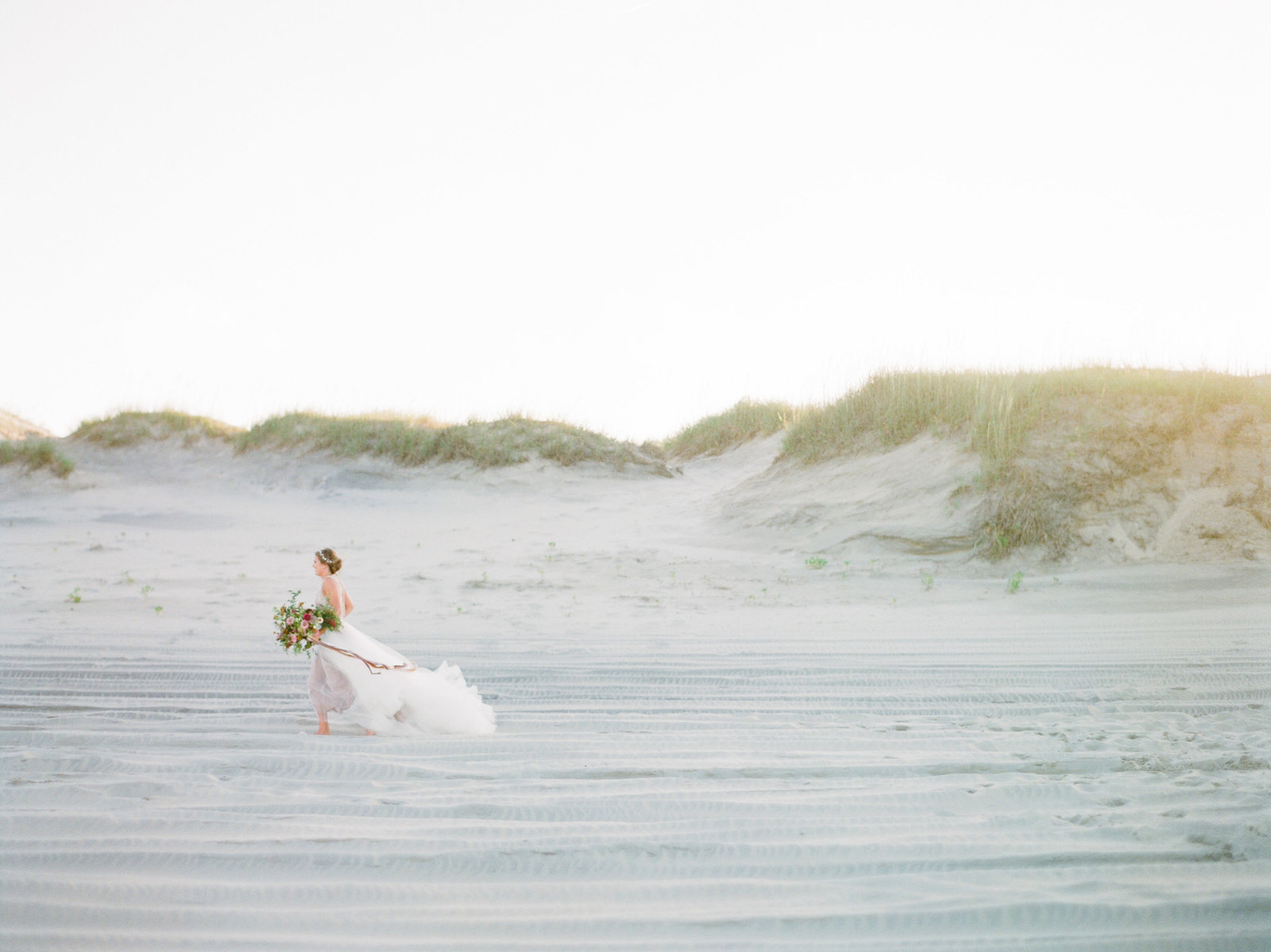 North Carolina Outer Banks Bridal Inspiration-107746080005