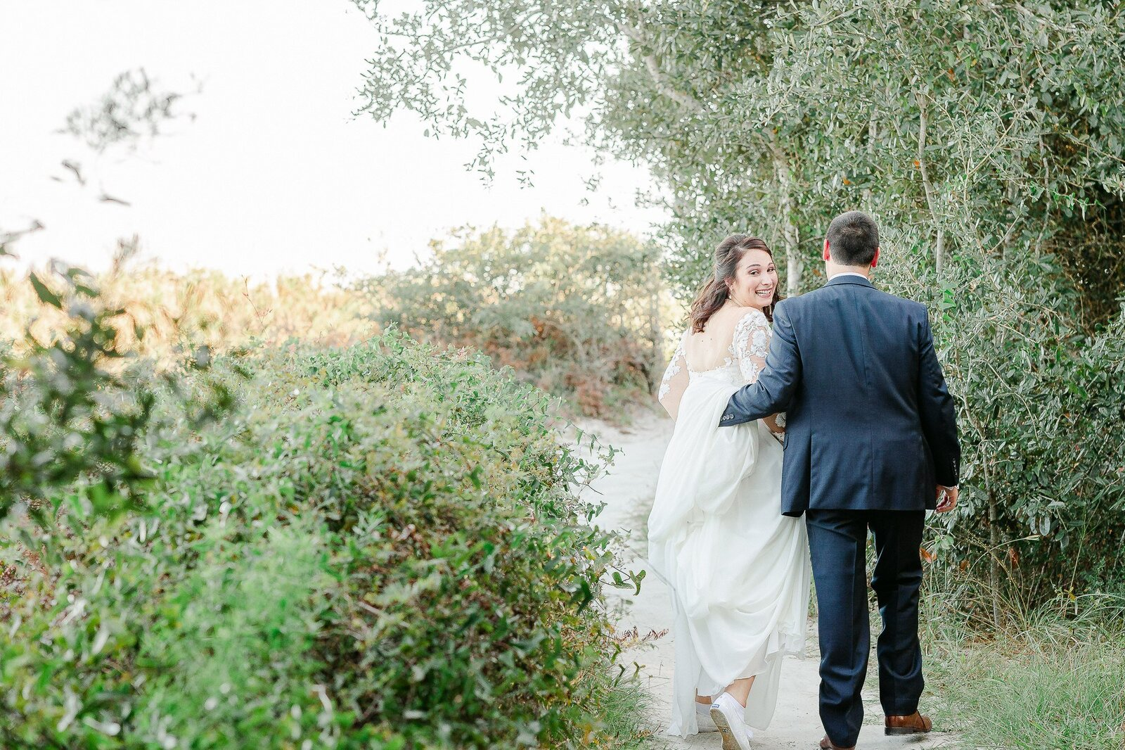 Light and Airy Hilton Head Wedding-1-2