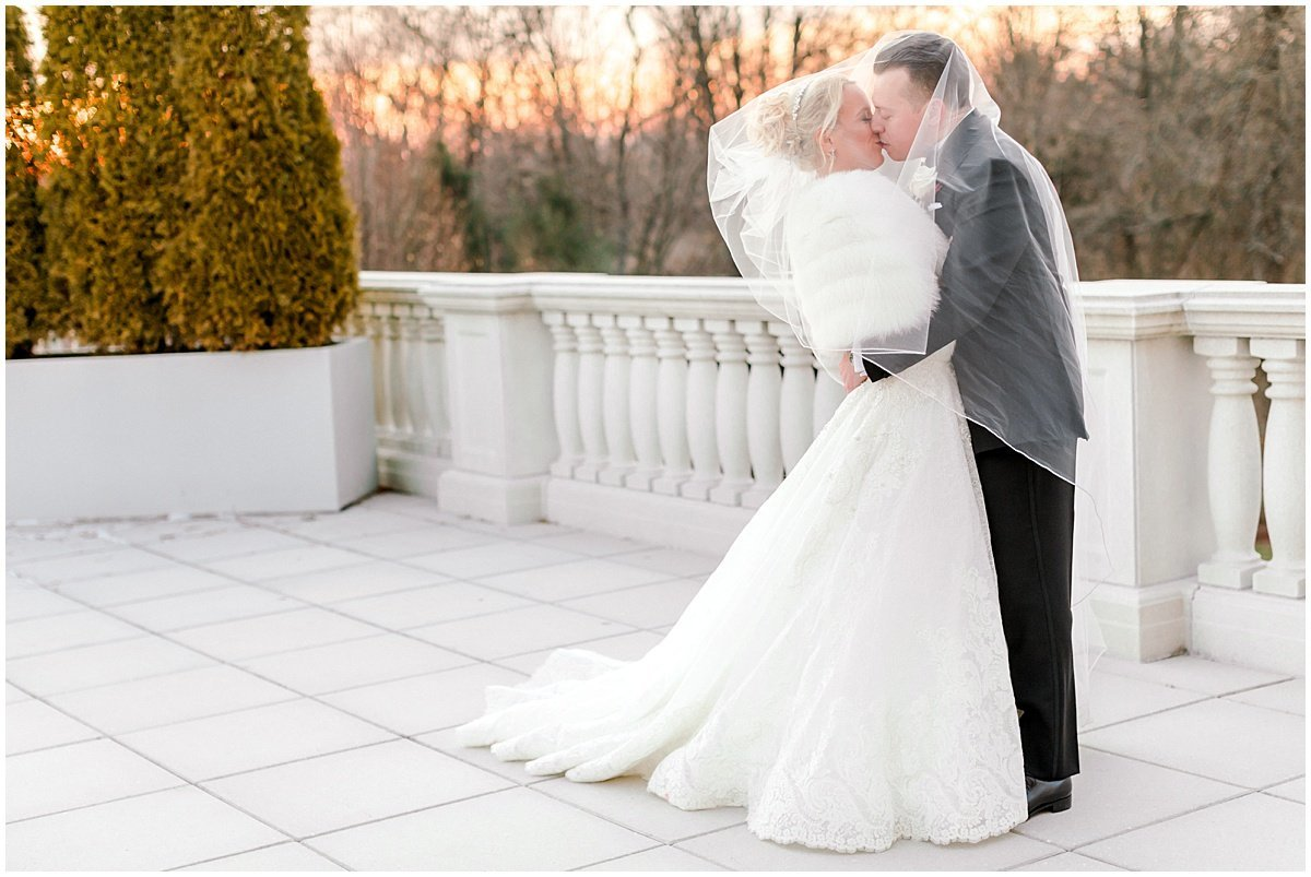 Lauren-Kearns-NJ-Classic-Winter-Wedding_0001