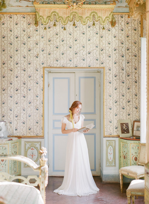 Molly-Carr-Photography-Paris-Film-Photographer-France-Wedding-Photographer-Europe-Destination-Wedding-Villa-Di-Geggiano-Siena-Tuscany-Italy-32