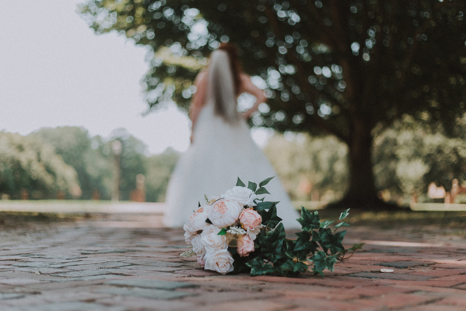 Bridal Portraits at Pate Chapel, William and Mary
