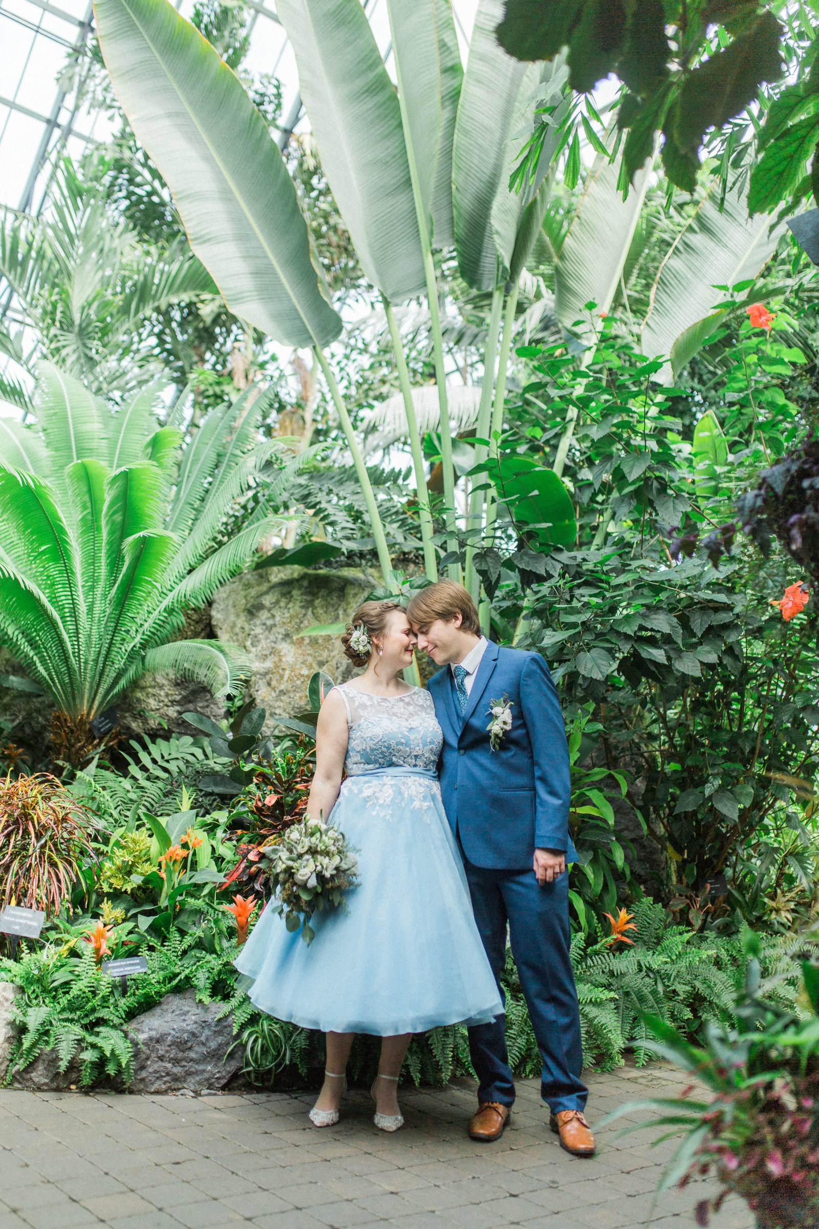 Muttart Conservatory Wedding - Edmonton Wedding Photographer4