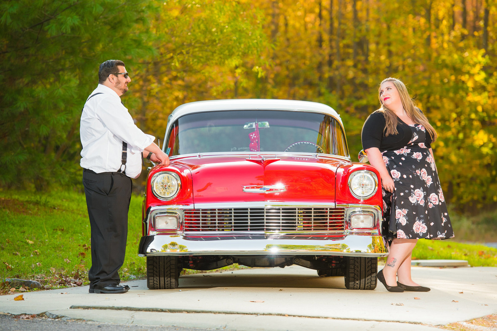 Retro_Pinup_Car_engagement_session_Nj049
