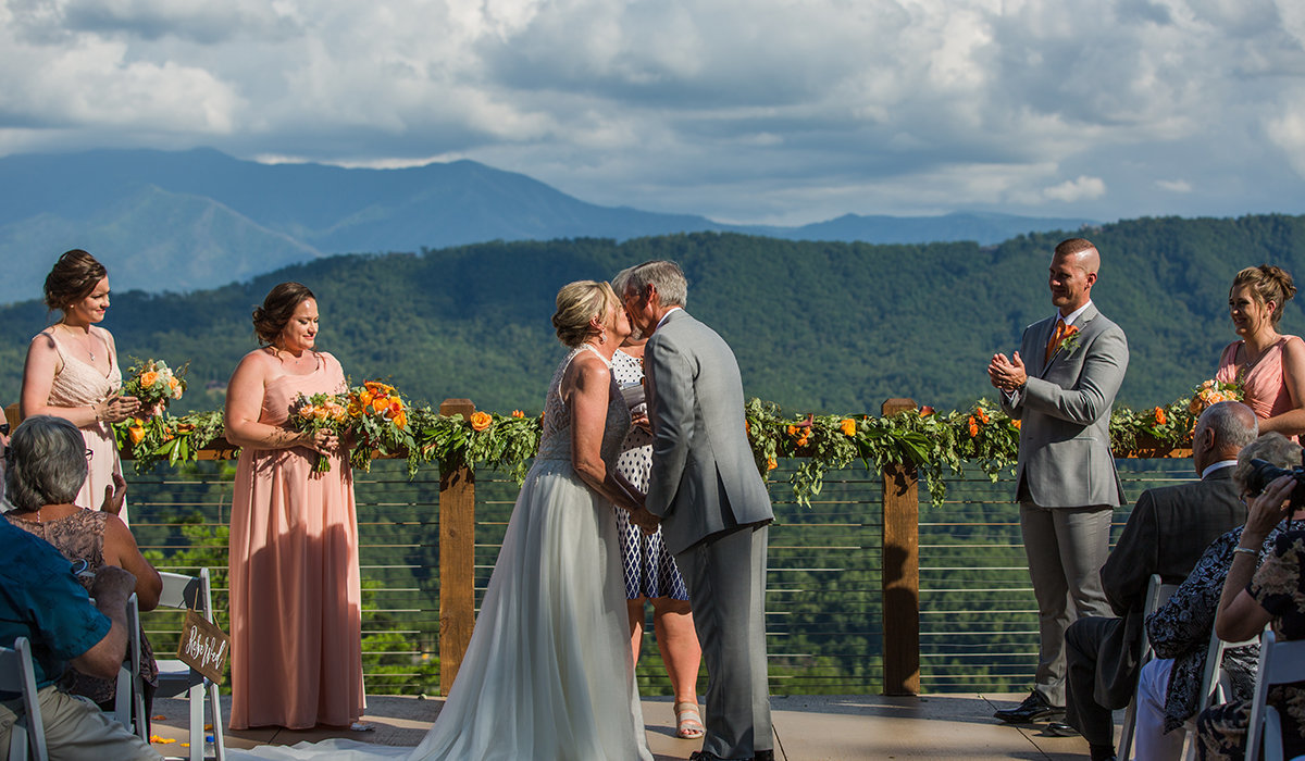 magnolia-venue-wedding-gatlinburg