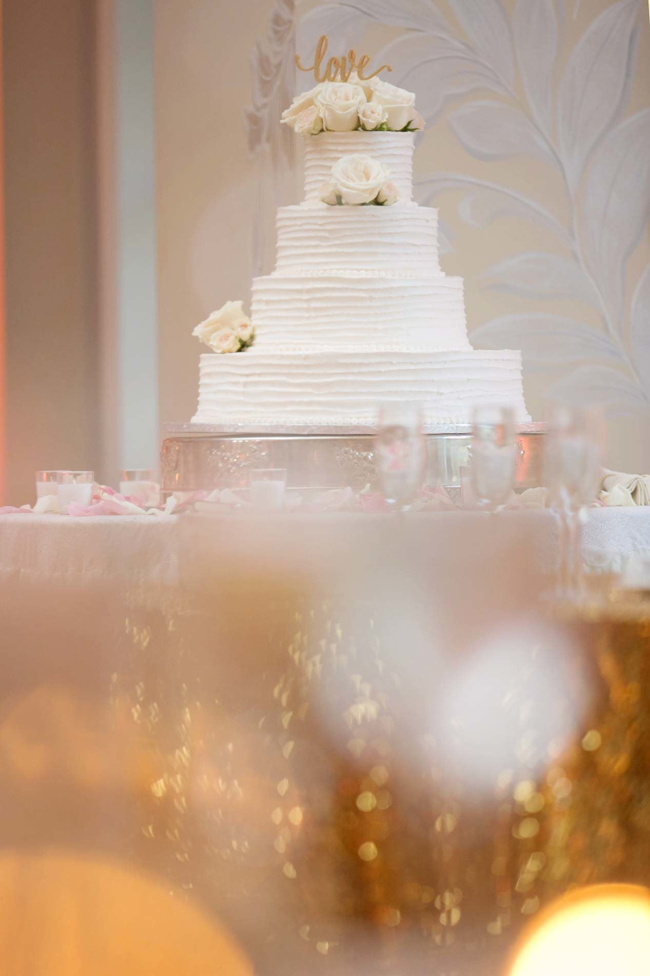 White wedding cake at East Wind