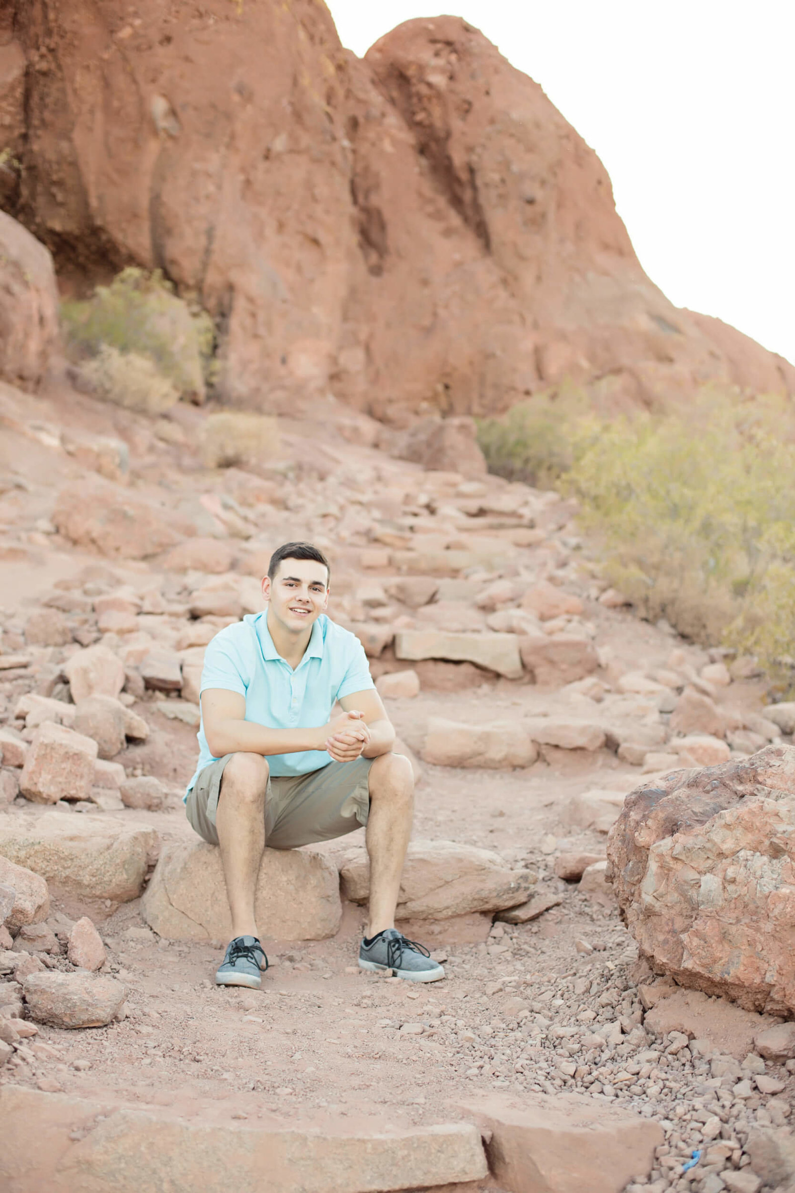 desert senior boy photography