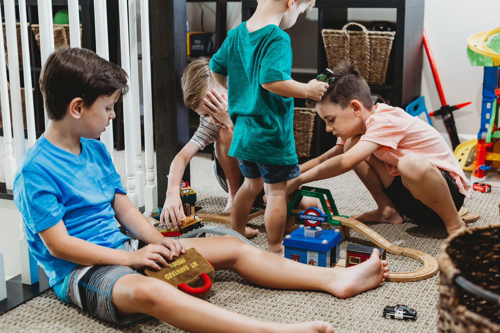 Oahu, Hawaii Lifestyle Photographer - Lifestyle Photography - Brooke Flanagan Photography - Brothers playing together