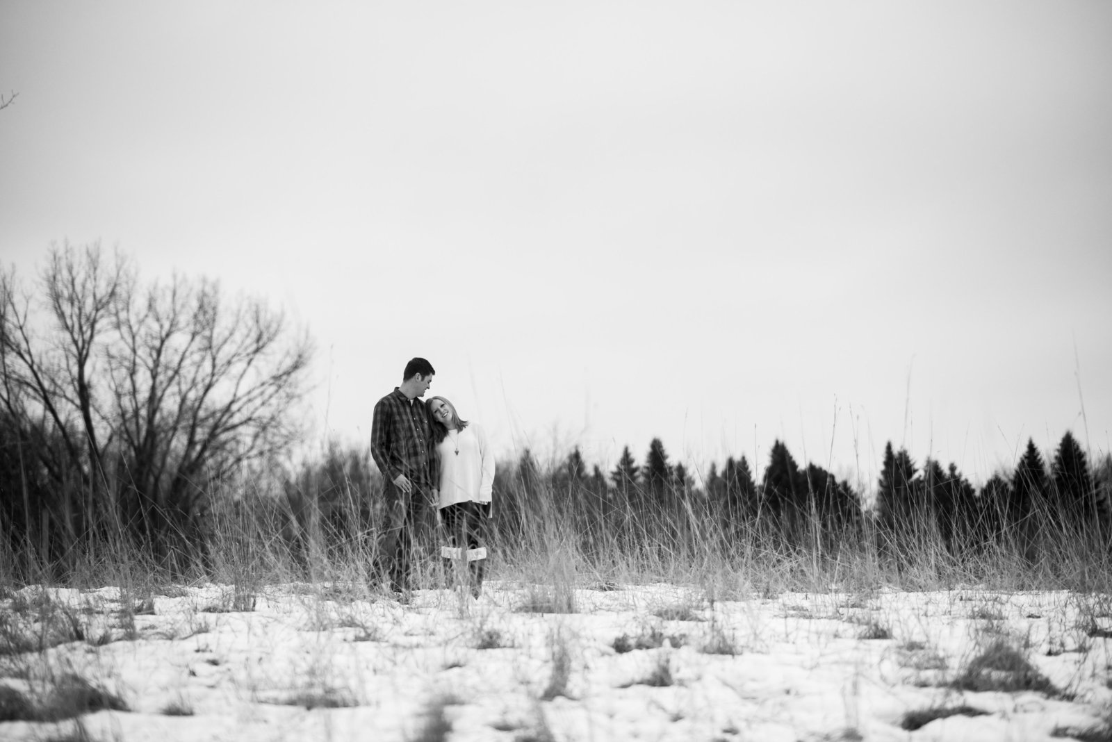 Minnesota Winter Engagement Photos 1107