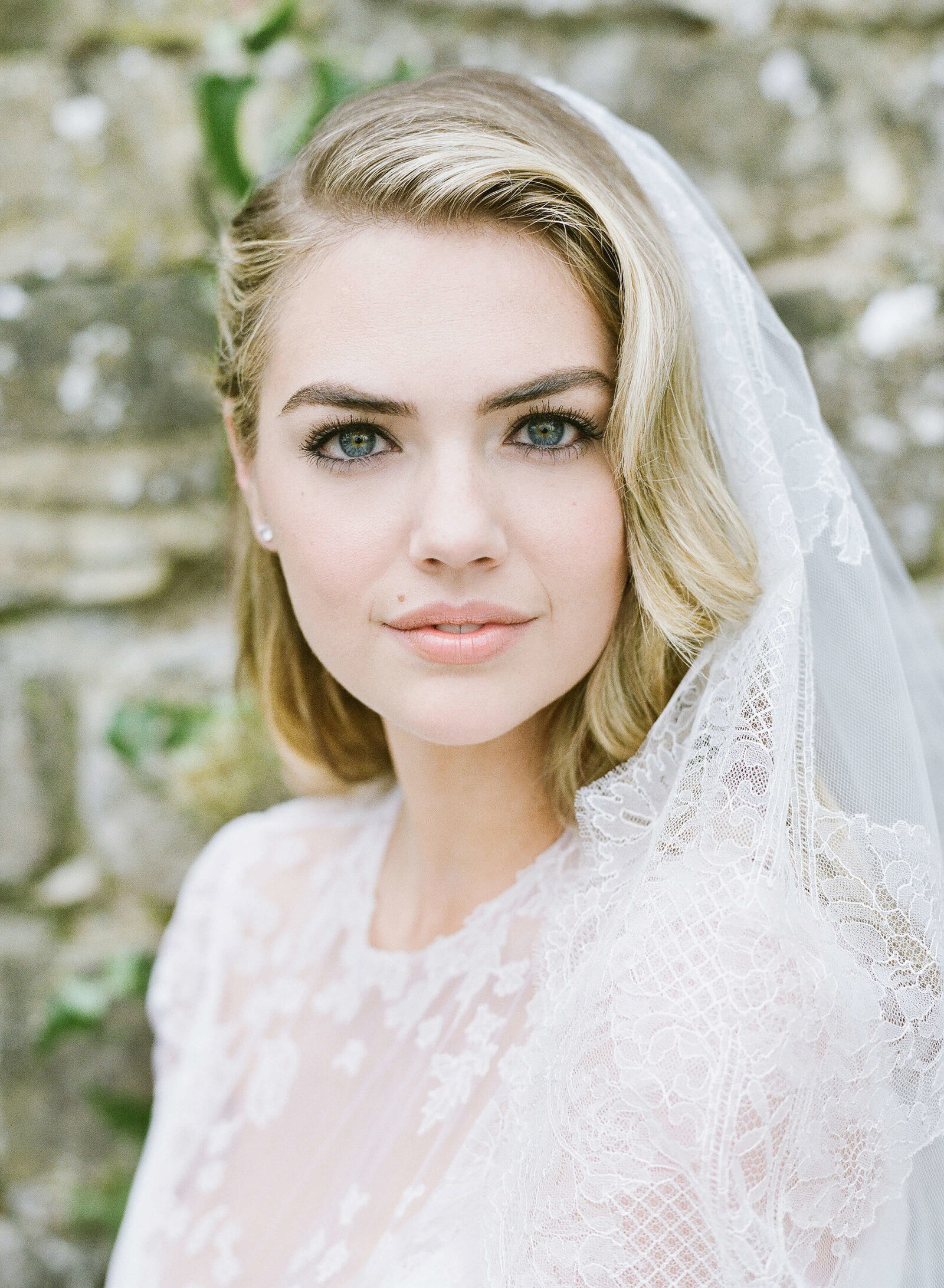 6-KTMerry-weddings-Kate-Upton-bridal-portrait