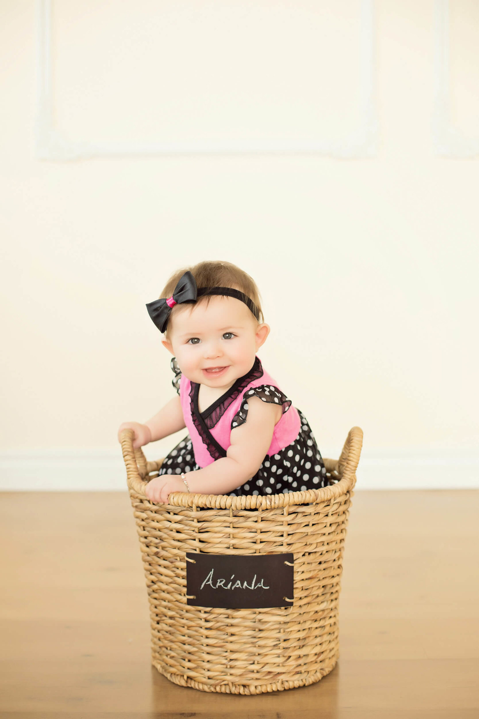six month baby girl indoor photography