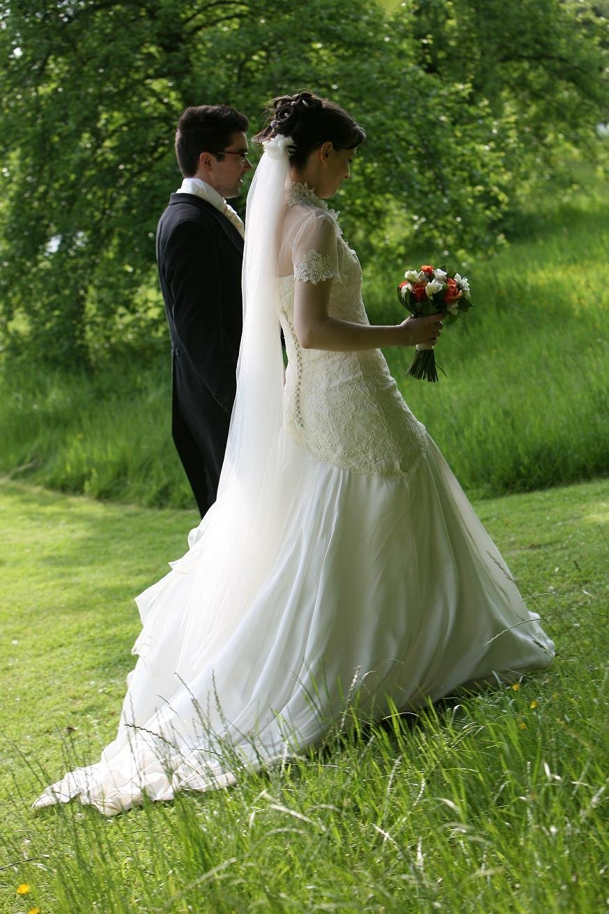 lace_silk_chiffon_wedding_dress_JoanneFlemingDesign (1)