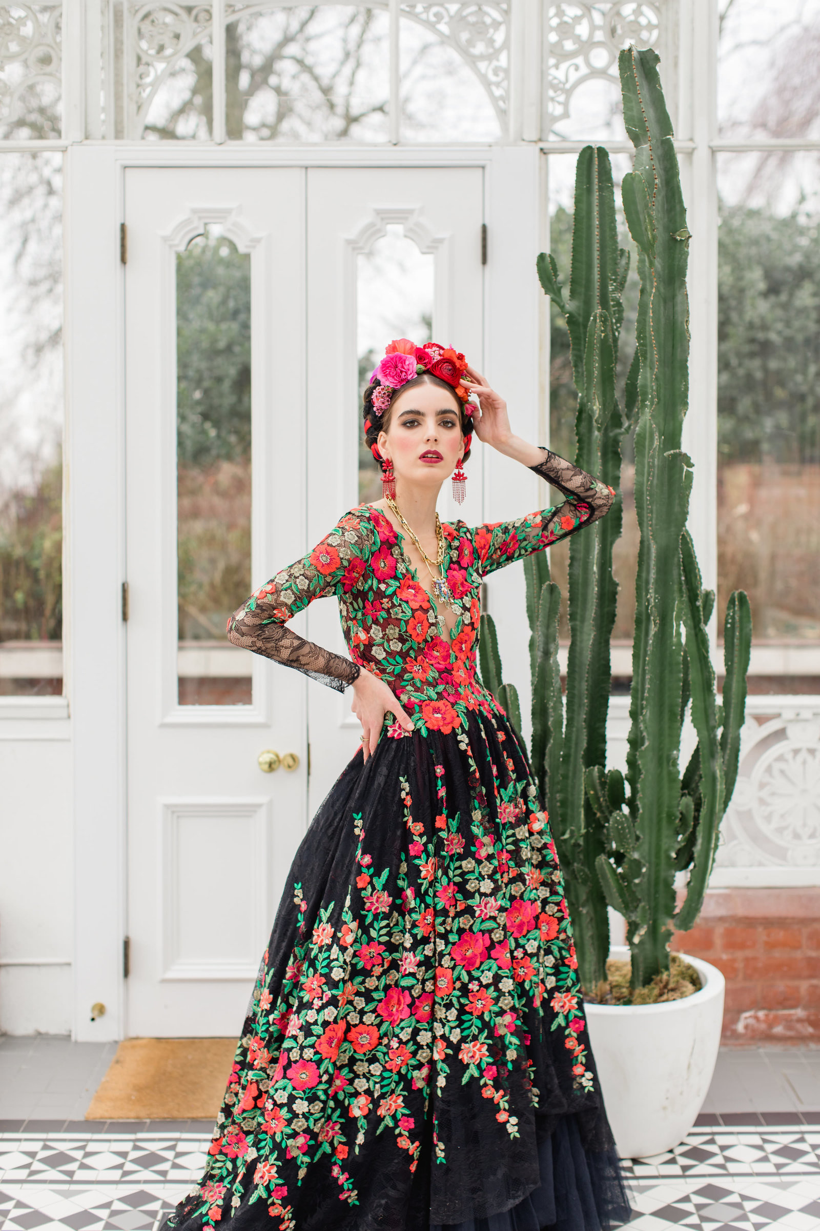 Frida-Kahlo-embroidered-floral-dress-JoanneFlemingDesign-RobertaFacchiniPhoto (48)