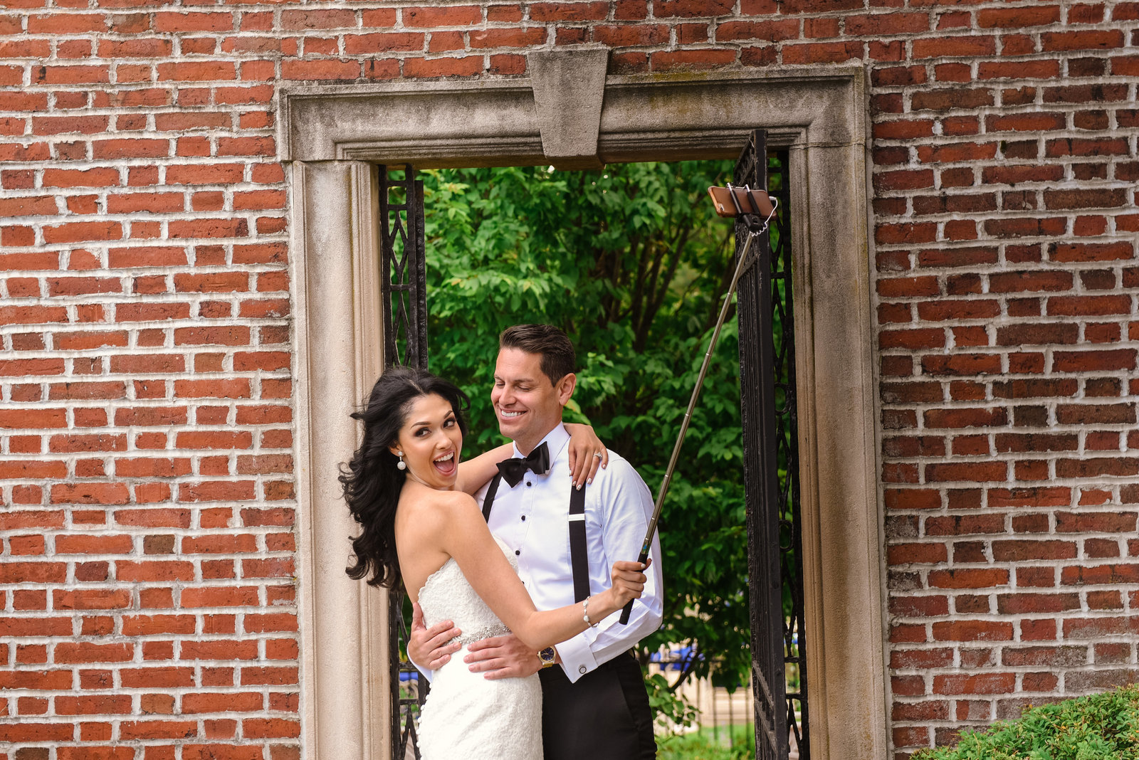 Bride and groom selfie at Glen Cove Mansion
