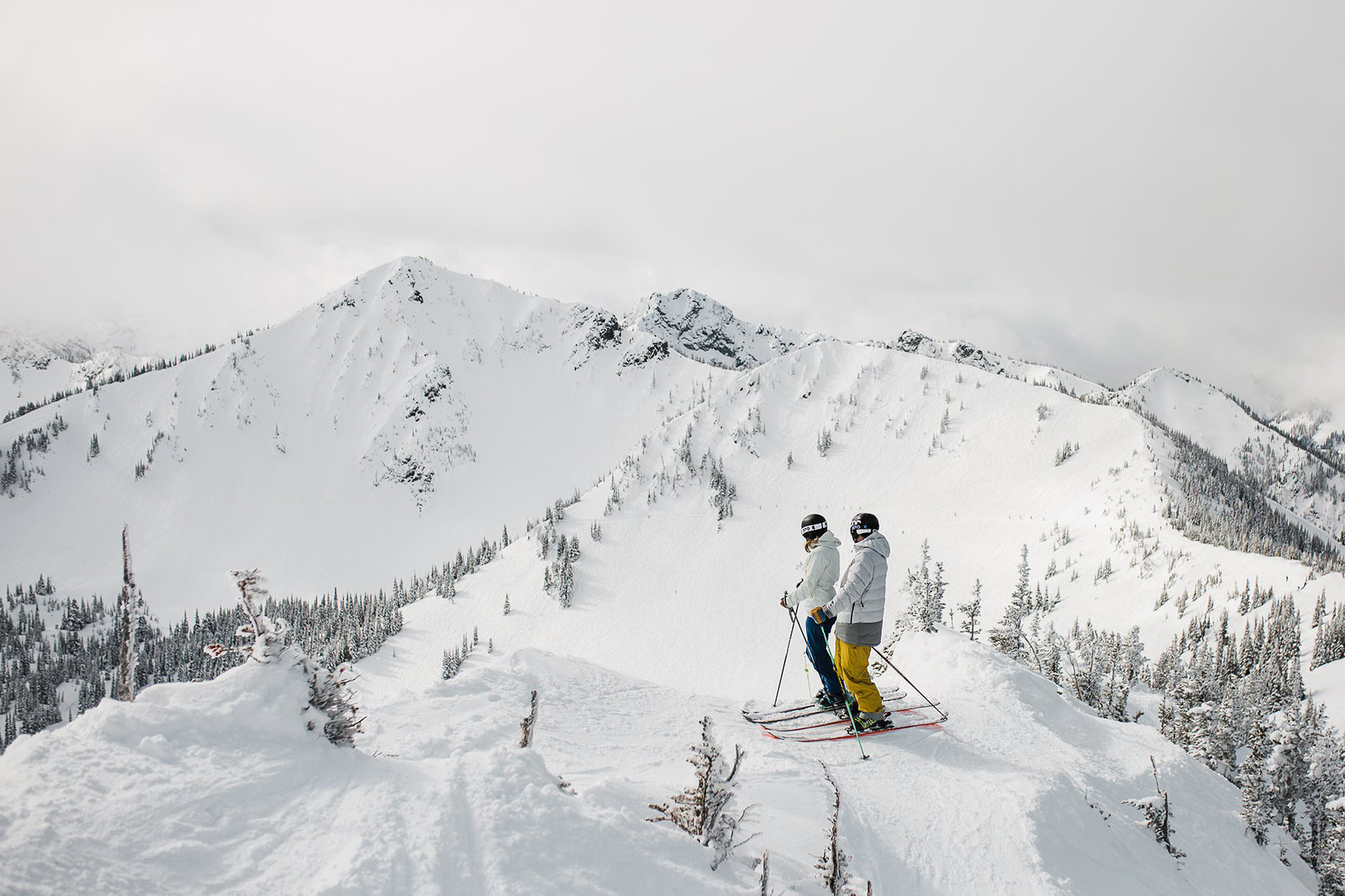 a skiing engagement session at crystal mountain near mt rainier photographed by PNW adventure elopement photographer amy galbraith