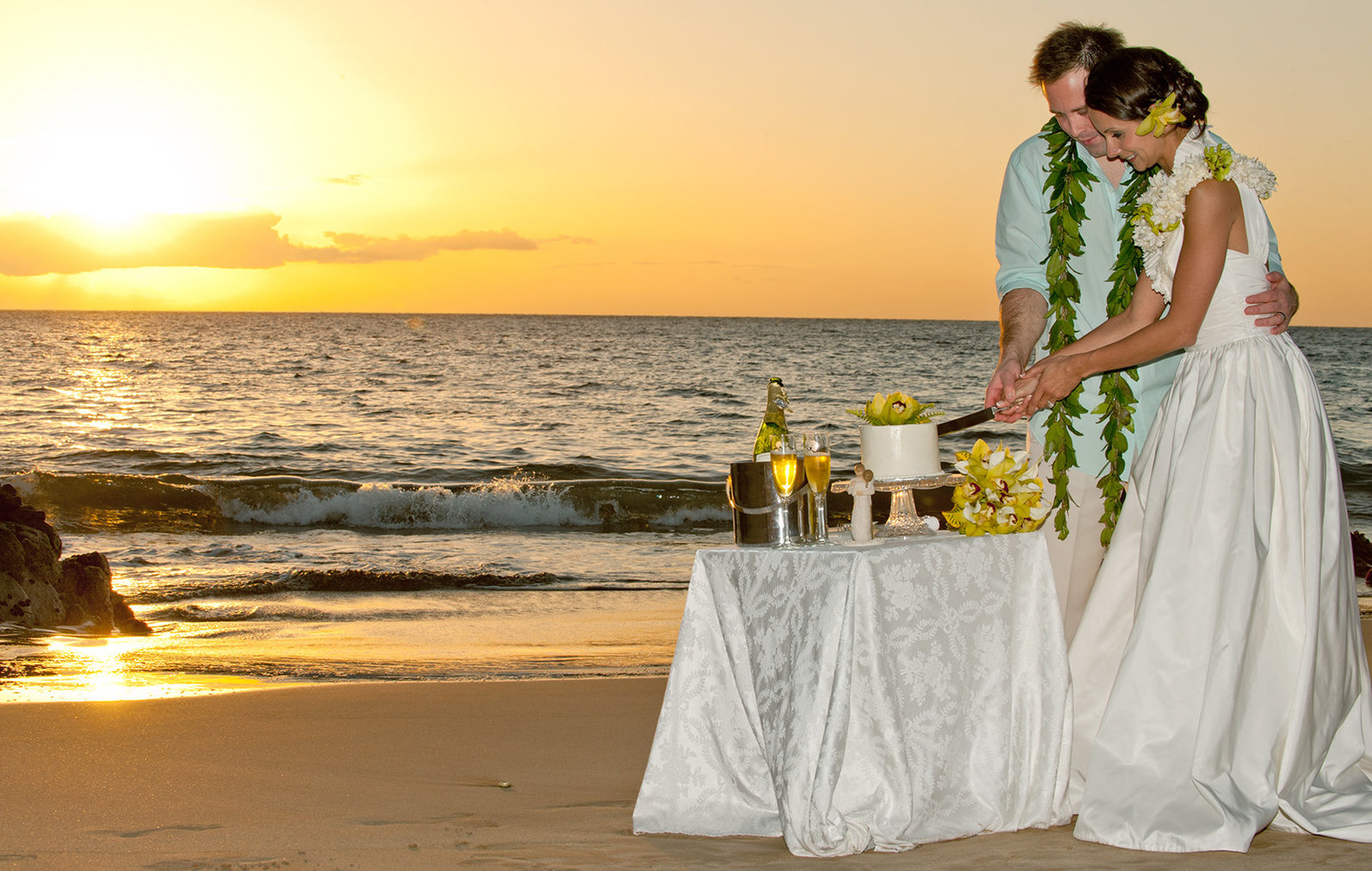 Wedding photographers on Maui | Maui wedding photography
