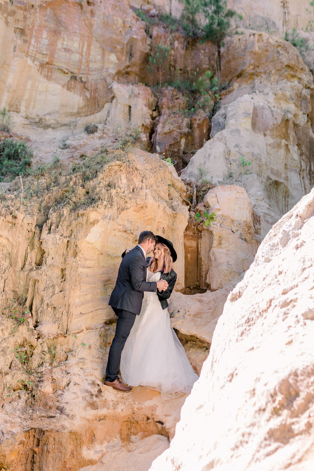 providence-canyon-wedding-elopement-adventure-hiking-georgia-arizona-6