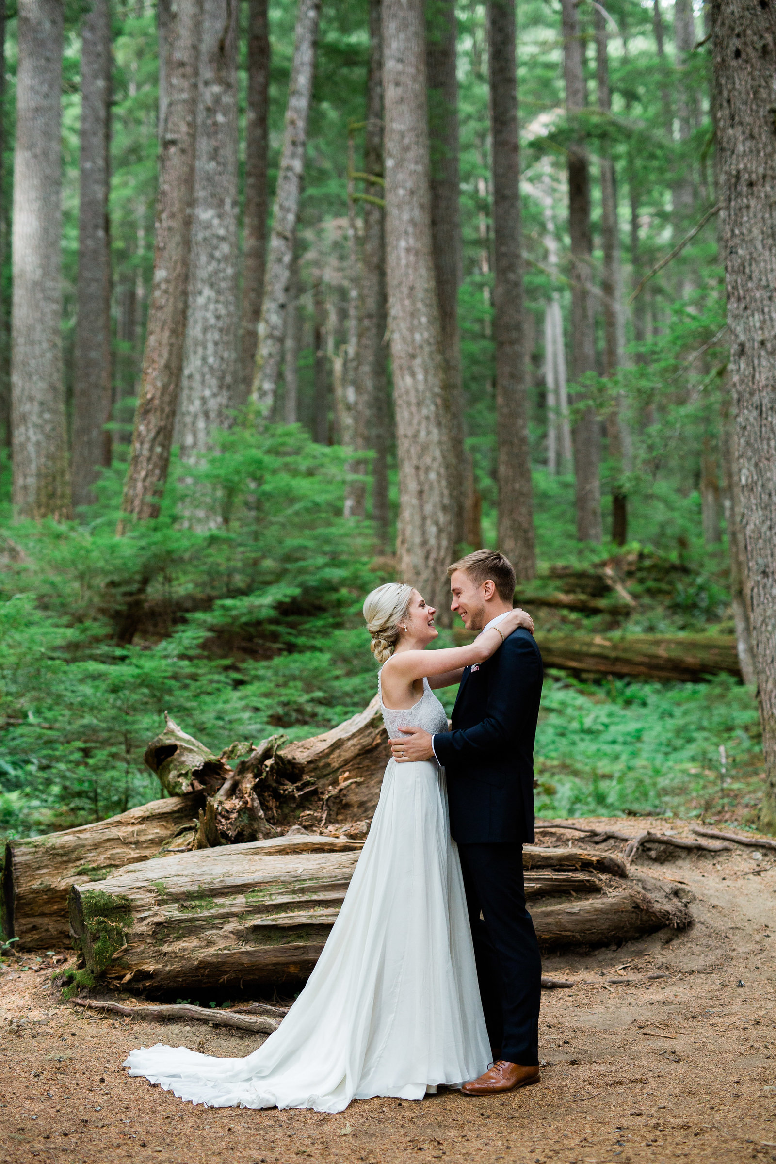 mount-rainier-national-park-elopement-cameron-zegers-photographer-seattle-95