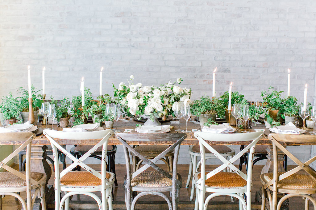 photo of a tablescape at Honey Salt Restaruant in Las Vegas for a farm-to-table style brunch and farmstyle decor