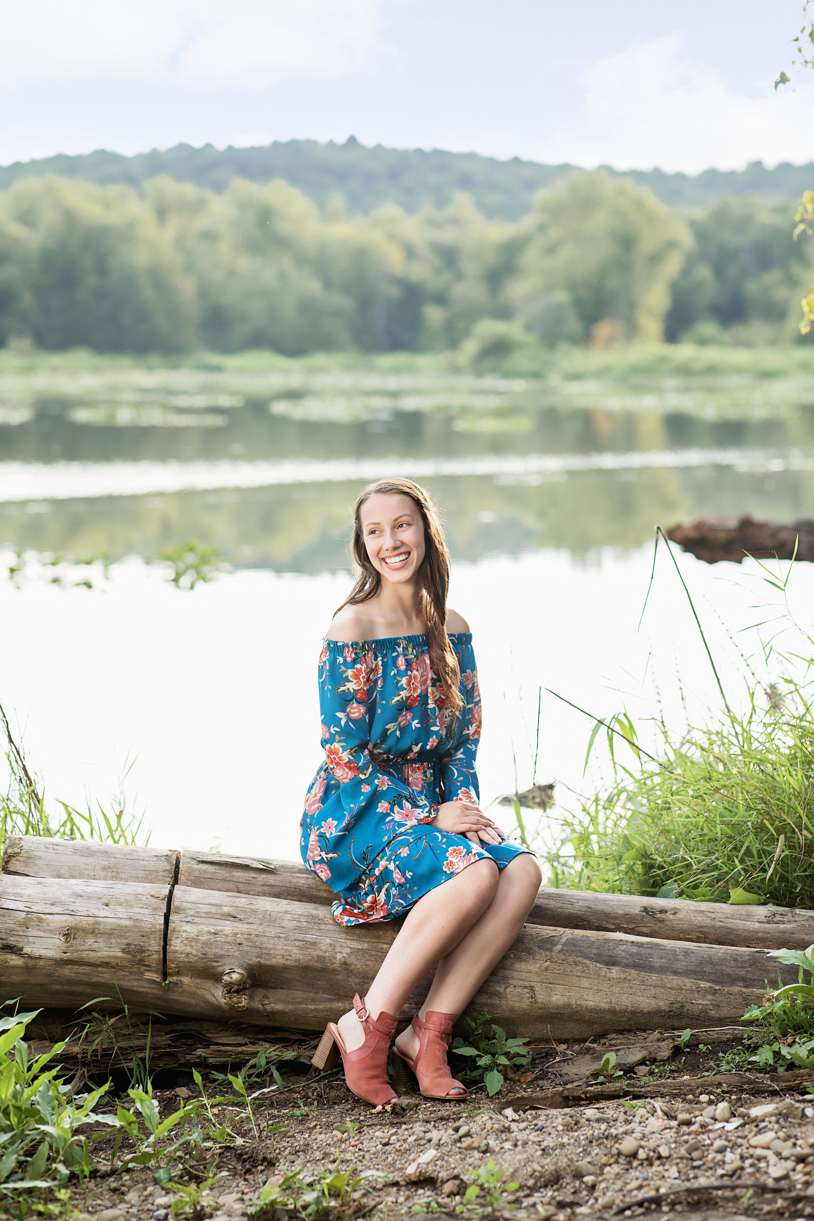 Cleveland-Senior-Photographer-Ashley-McComb-Productions-31693388